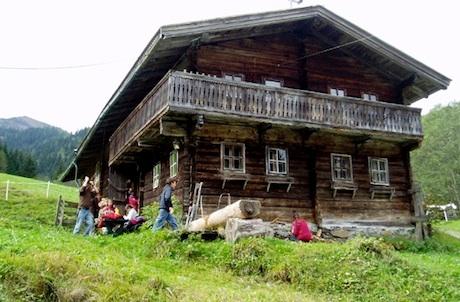 Pfadfinderhütte in Dienten