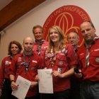 Jan Blauert wird der Instruktor für Wichtel & Wölflinge verliehen