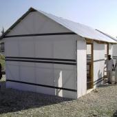 Prototypen von Notunterkünften für die Bevölkerung Haitis