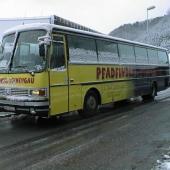 63 Sitzer Bus